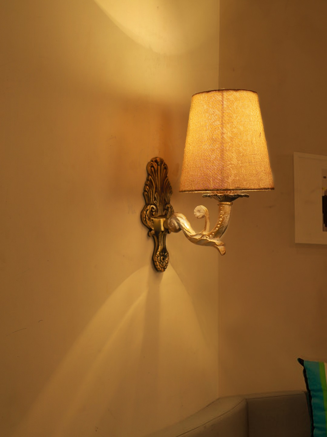 Golden White Single Wall Sconce in Brocade Shades