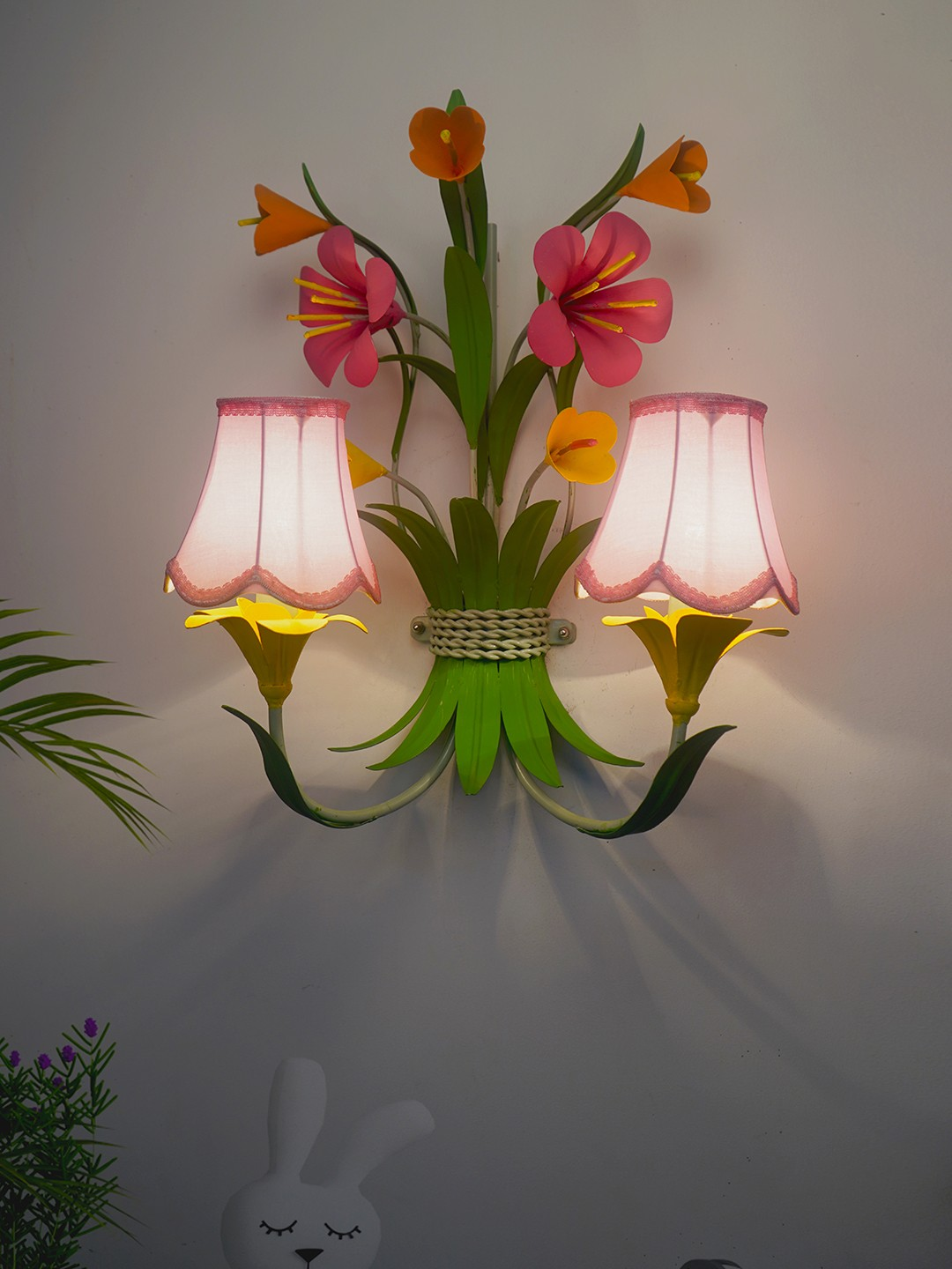 Boho Chic Metal Flowers Bouquet Wall Sconce with Pink Fabric Shades
