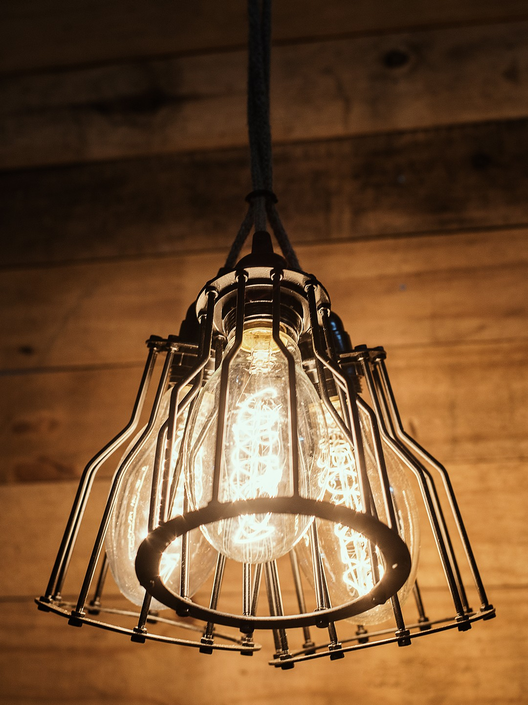 Industrial Cage Rustic Triple Hanging Pendant Light