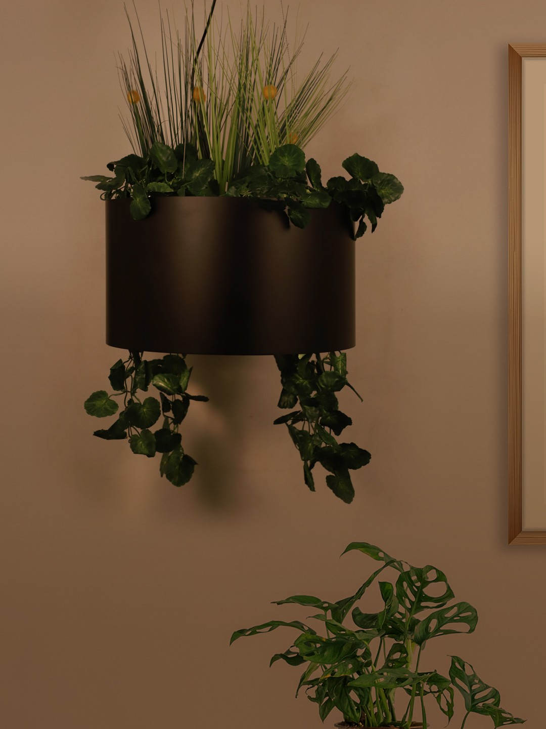 Black Drum Planter Pendant Light