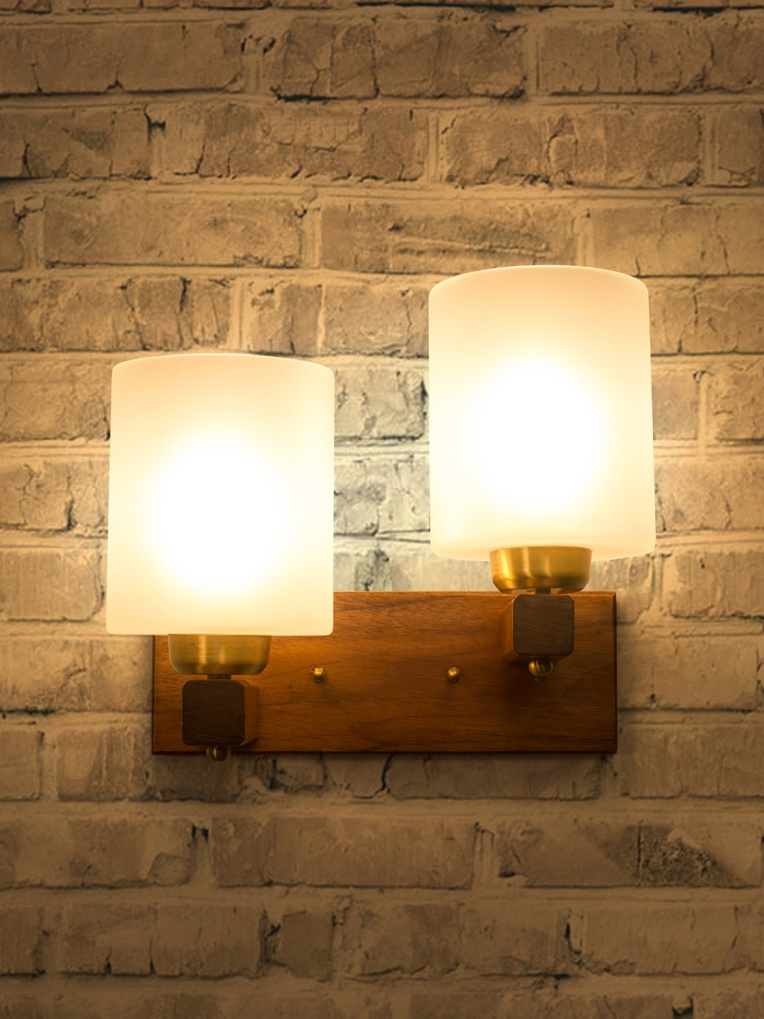 Polo Wooden Double Wall Lamp Sconce