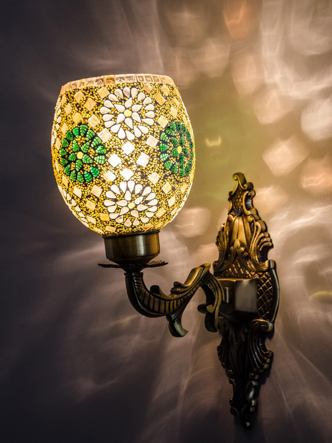 Priyanka Green Shimmer Ornate Single Wall Sconce