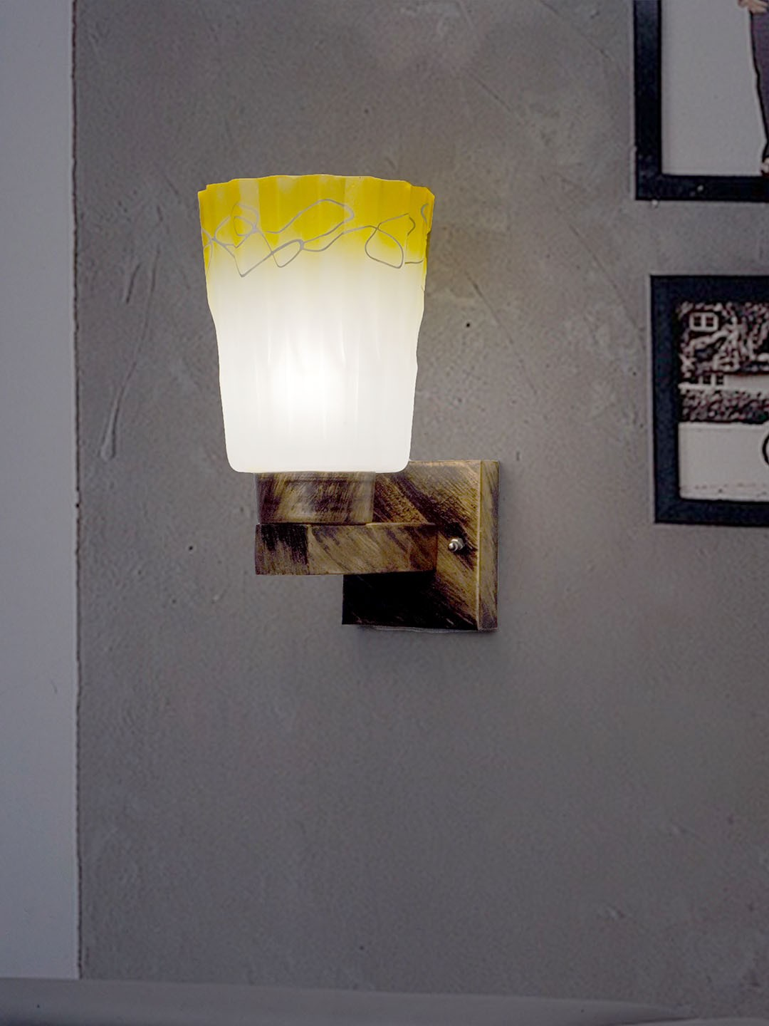 Upside Gold Wall Light Lamp Steel Base Upside Glass Wall Lamp for Outdoor and Indoor Decoration