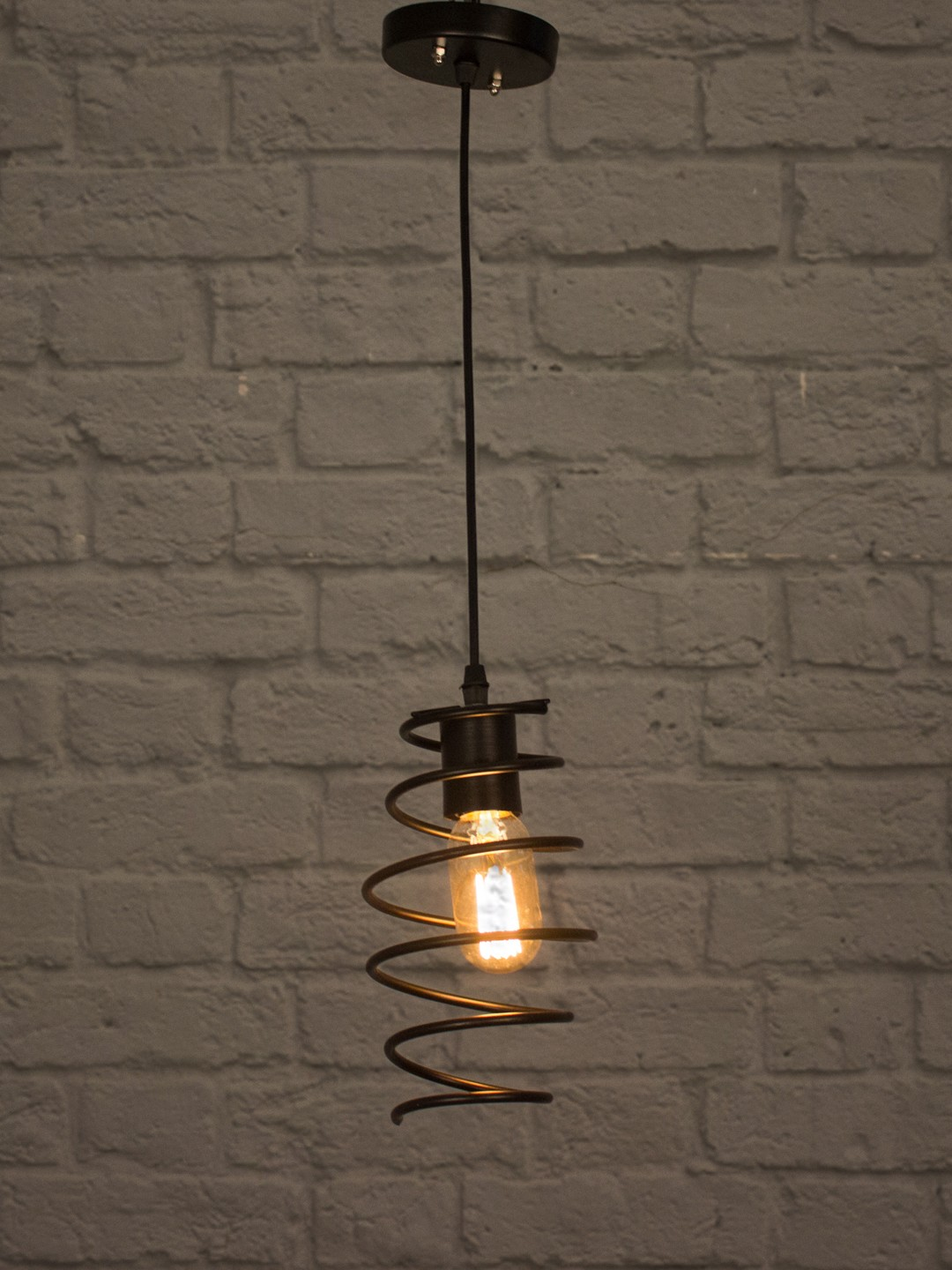 Shocker Coil Pendant Light