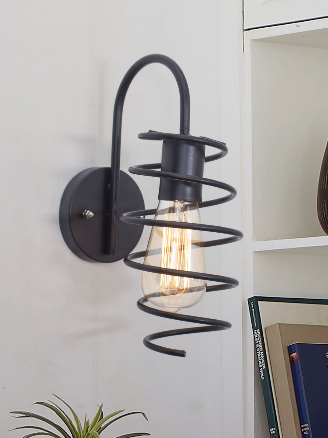 Shocker Coil Black Wall Lamp