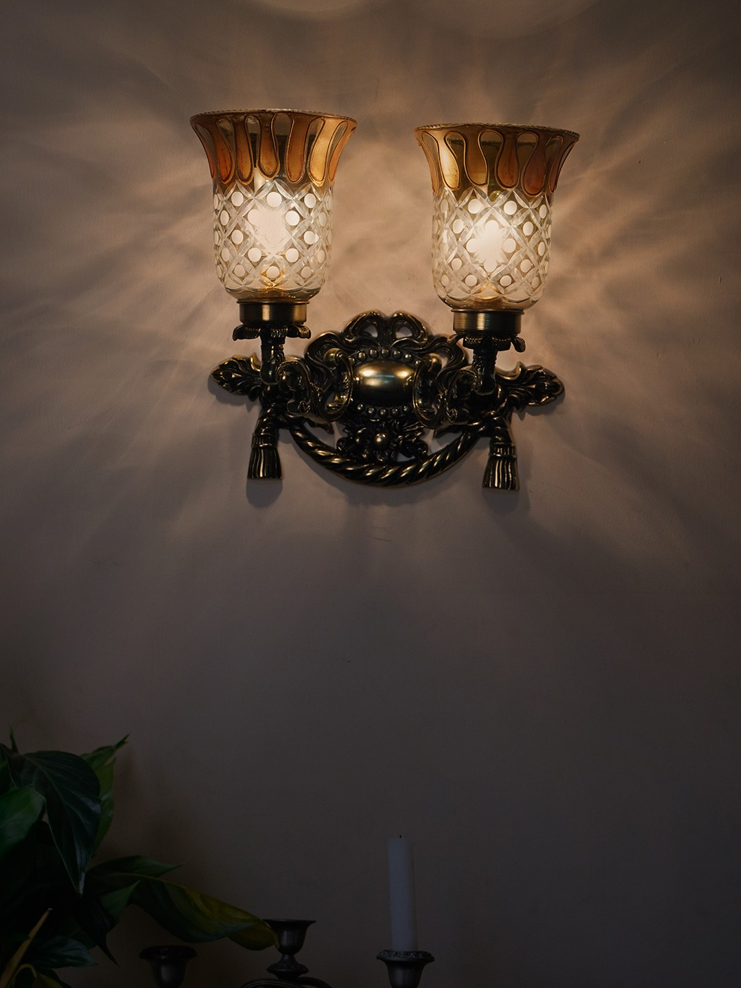 Vintage Rope & Tassel Aluminium Double Wall Sconce with Luster Etched Glasses