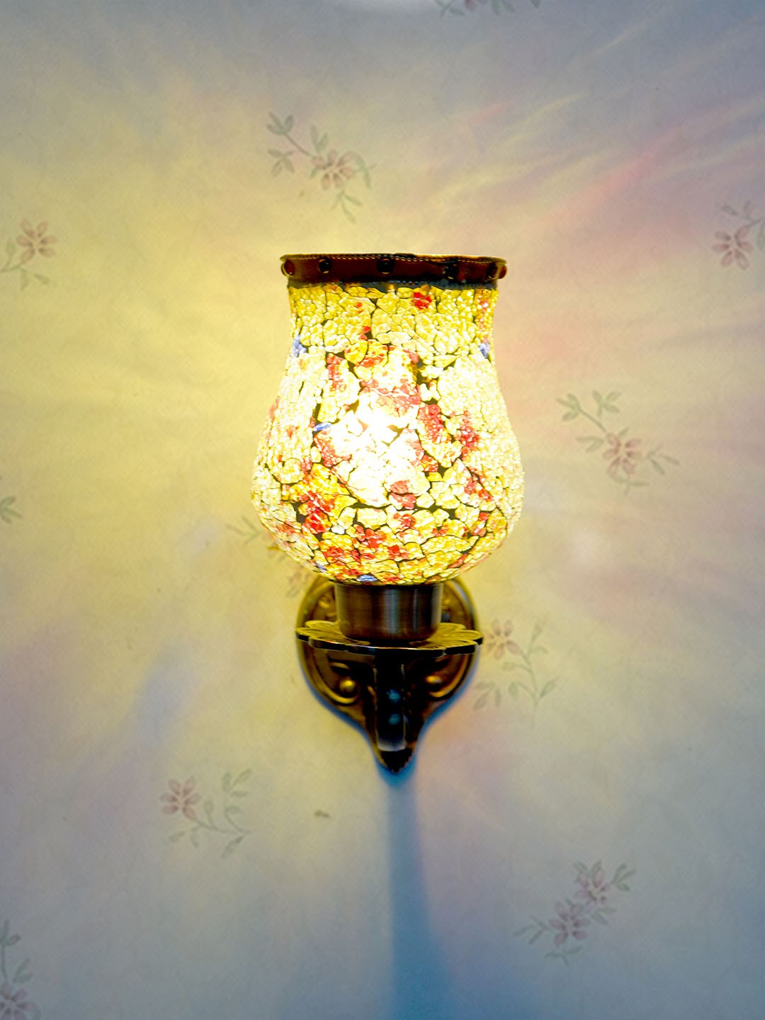 Traditional Meena Aluminium 1 Lamp Wall Light in Antique Brass Finish and Amber Yellow Crackle Glass Shade for  Dining Room, Bedroom, Living Room