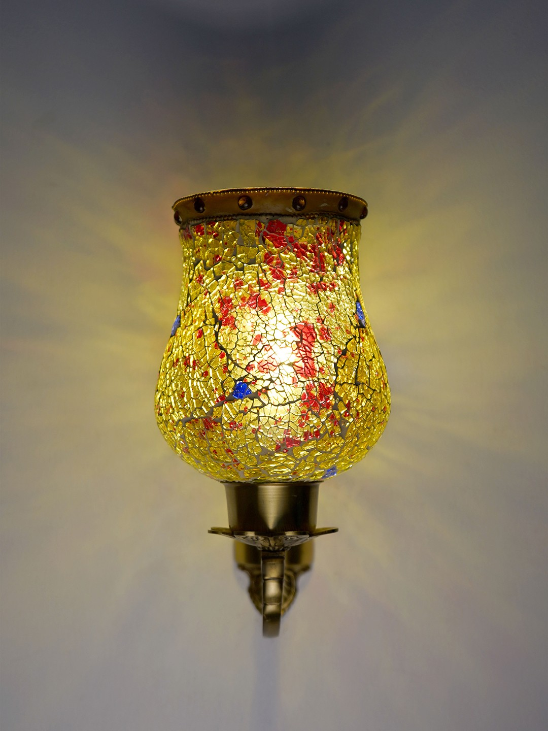 Gold Antique Designer Wall Lamp/ Wall Light for Dining Room, Bedroom, Living Room Wall Lamp with Designer Glass and Brass Material