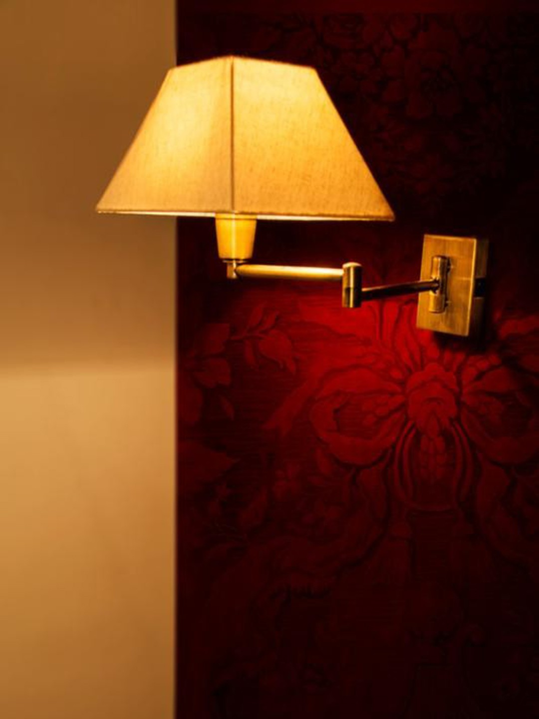 Classy Swivel 2 Arm Antique Bedside Wall Light